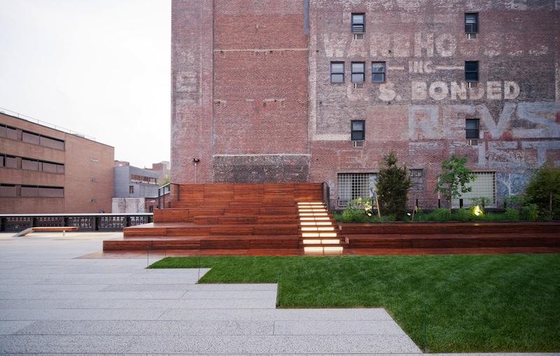 23rd Street Lawn